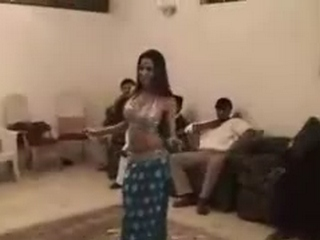 Gallery 384. Most beautiful girls dancing in party.