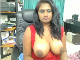 Gallery 407. Indian horny girl showing her big horny breasts on cam