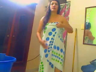 Gallery 814. Punjabi wife taking shower self recorded video leaked