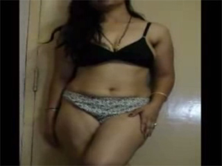 Gallery 844. Juicy married wife getting naked on horny indian song
