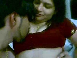 Gallery 909. Indian wife giving her newly married hubby a blowjob