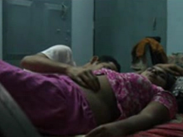 Gallery 1103. Amateur married indian couple sex video