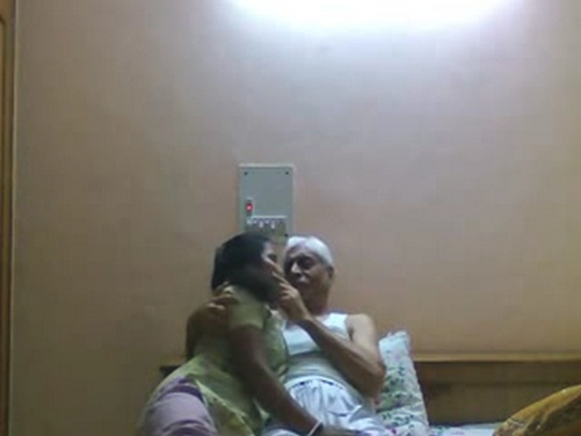 Gallery 1111. Horny old indian men make love his maid leaked online