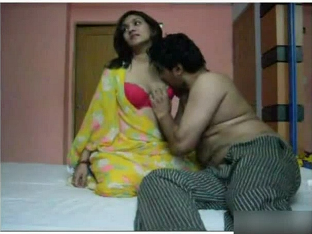 Gallery 1136. Indian wife sex with her husband on live sex cam