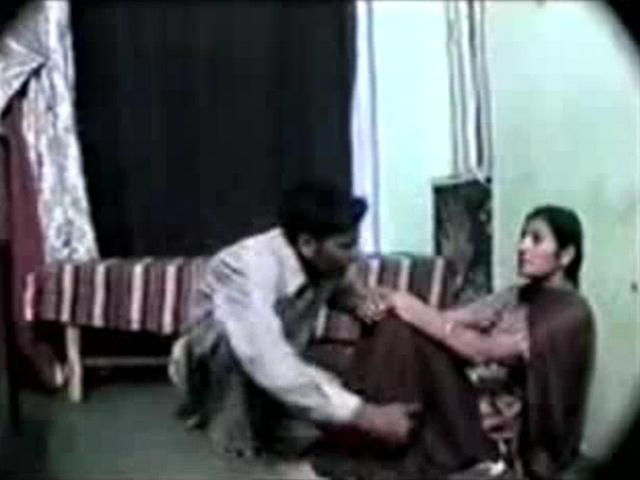 Gallery 1143. Pakistani college girl cheated by her boyfriend have sexual intercourse on camera